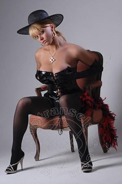 incontri Transex FIRENZE SHARON DE BLANCH 3345251521